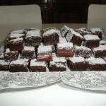 Torta bassa al cioccolato con fecola - rettangolare